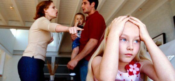 discutir-delante-de-los-hijos-2